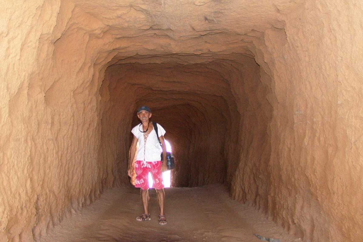 010a) Nie jam ten tunel ręcznie kopał