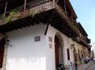 006) Często w niedziele spacerujemy po starej Cartagenie