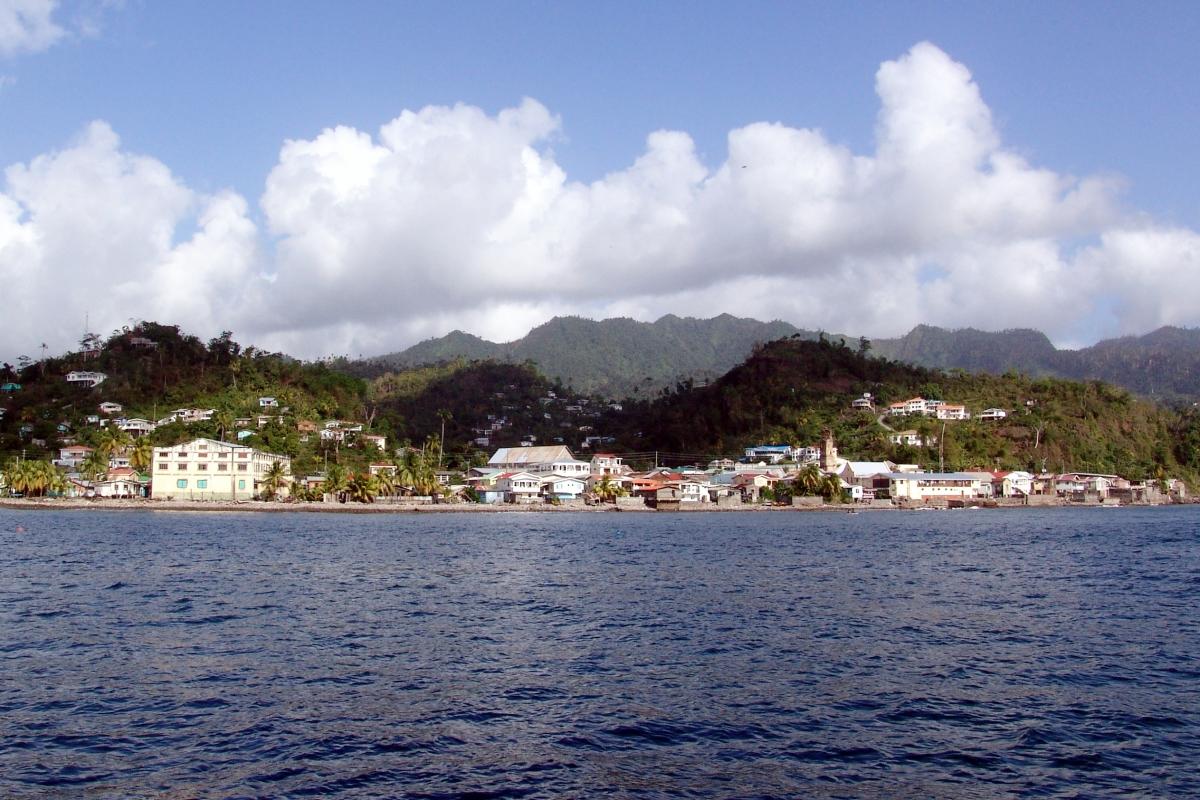 024) Karaibskie miasteczko