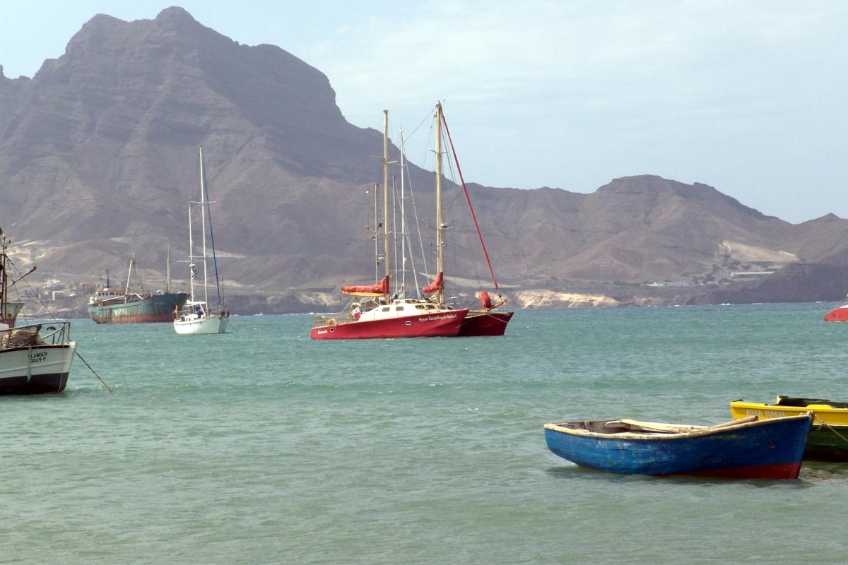 002) Kotwiczymy niedaleko brzegu