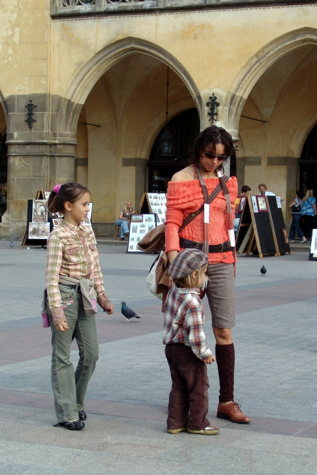 008) Przy krakowskich Sukiennicach