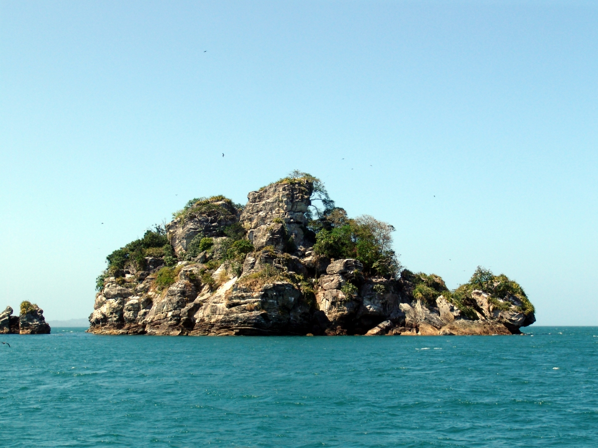 022) Wysepki Las Perlas