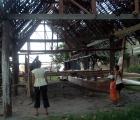 013) Tradycyjny polinezyjski katamaran,