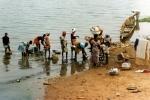 """Zmywarka do naczyń marki """"Rzeka Niger"""""""