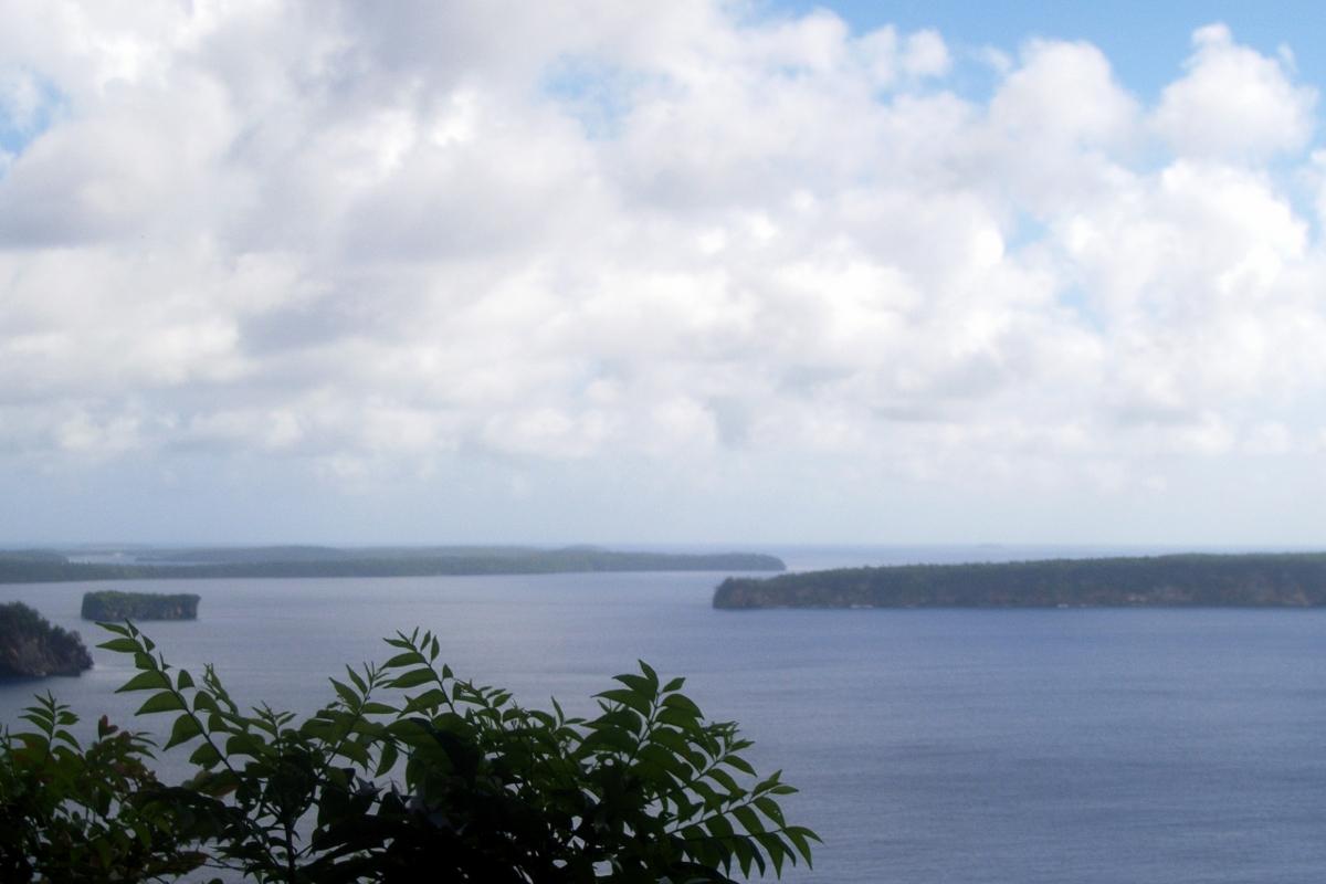 002) Archipelag Vava\'u widziany z góry
