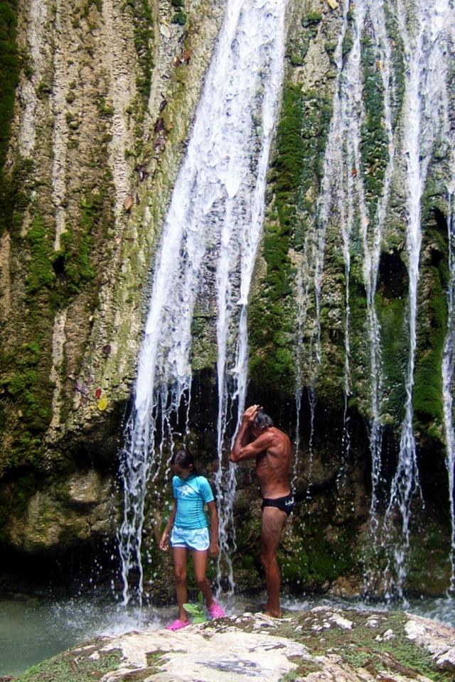 006) Czy ta Woda musi być, aż tak zimna