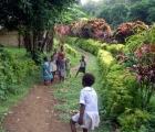 032) Zadbane kwieciste wioski i Dzieci